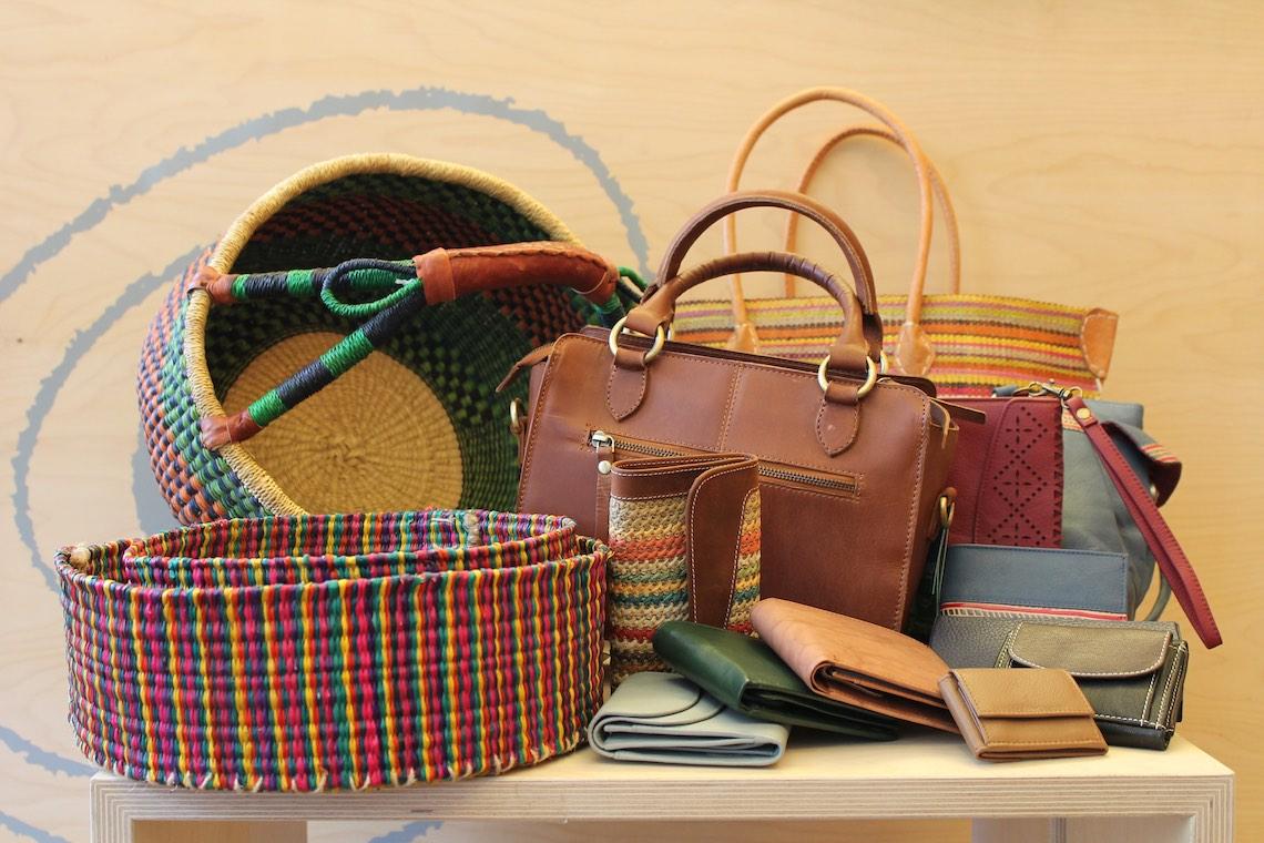 Taschen und Körbe